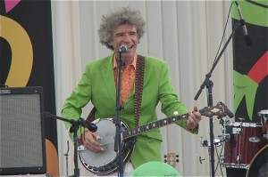 Be Thankful For, and With, Dan Zanes