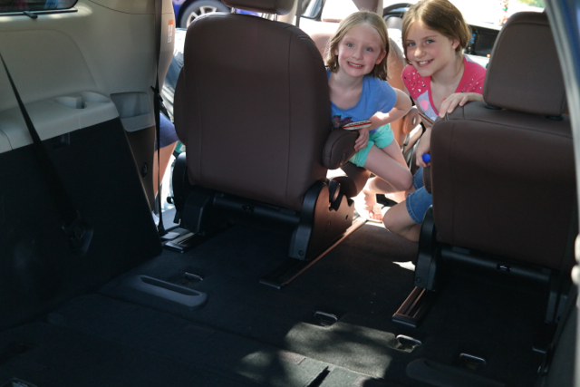6 unexpected features of the 2015 toyota sienna out with