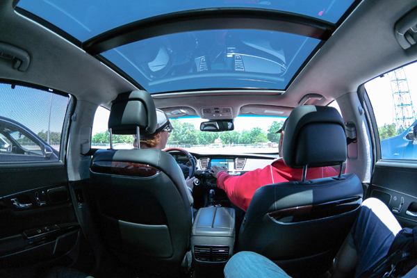 Kia-Ride-and-Drive-K900-Fisheye