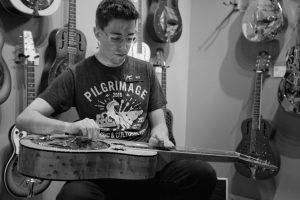 nashville-music-city-WT-artisan-guitars
