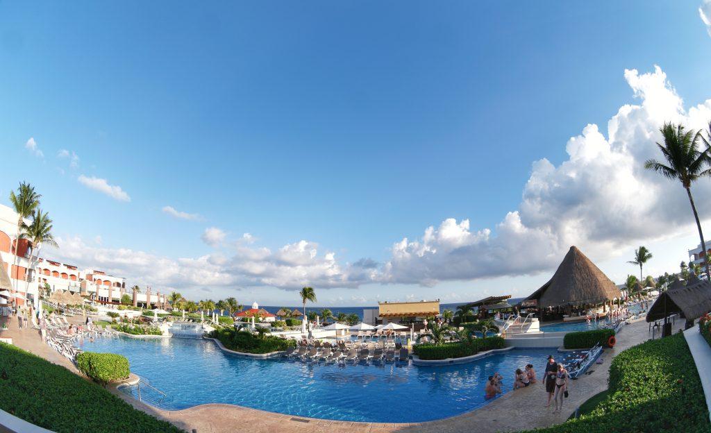 Hard-Rock-Hotel-Riviera-Maya-view-of-the-pool