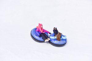 Kia Sorento Family Snow Tubing