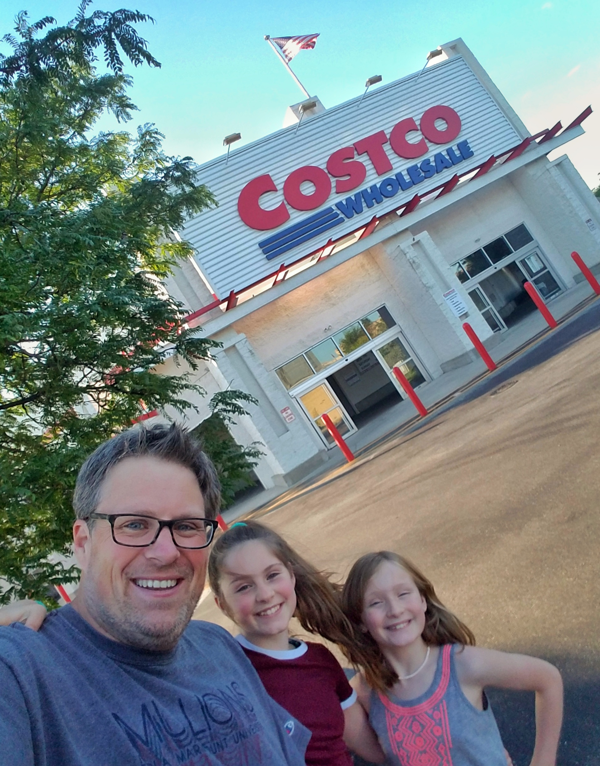 shopping at Costco with kids samples Costco