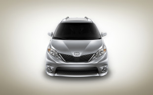 The Big Guy Car Guy Report — The Toyota Sienna Swagger Wagon