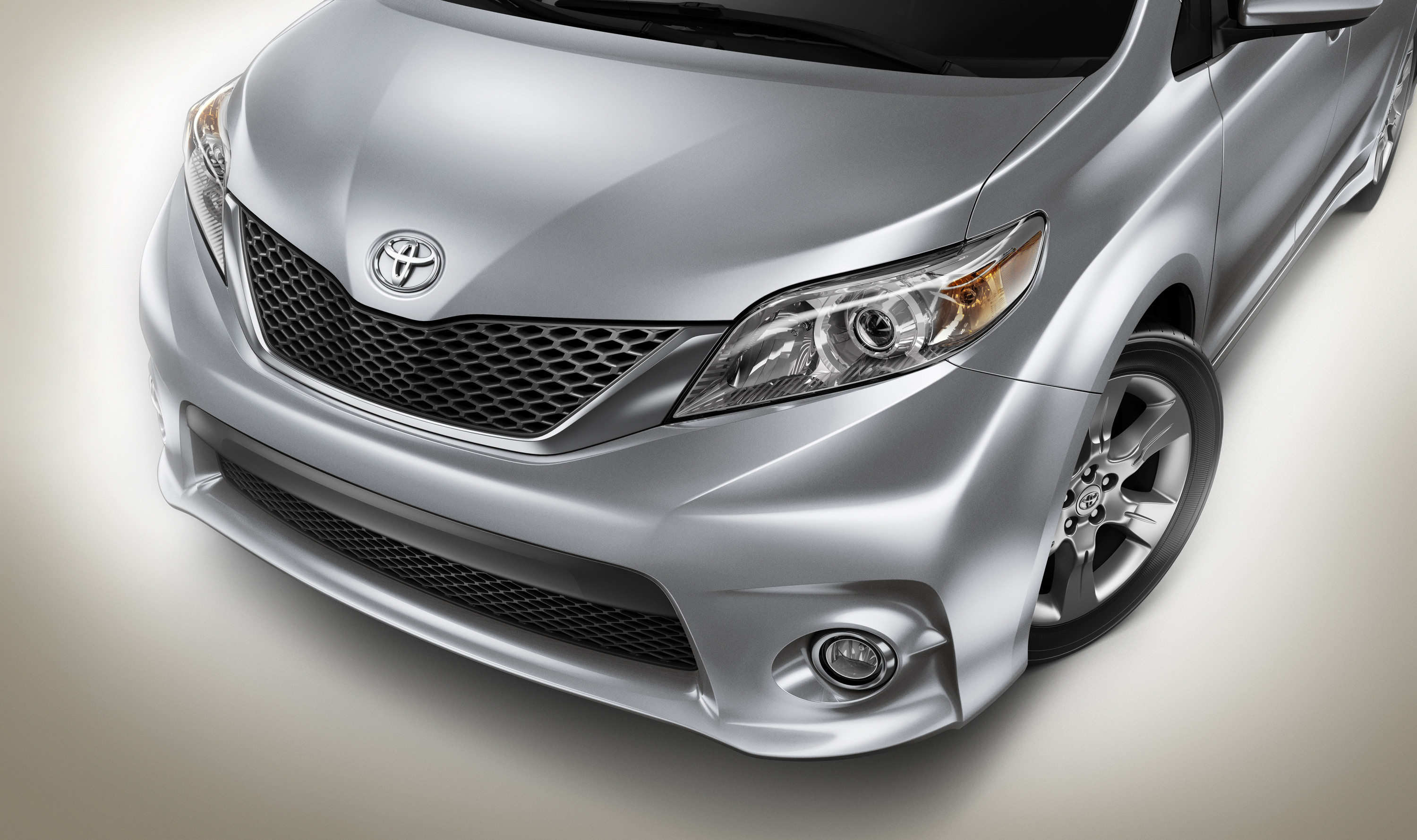 The Big Guy Car Guy Report The Toyota Sienna Swagger