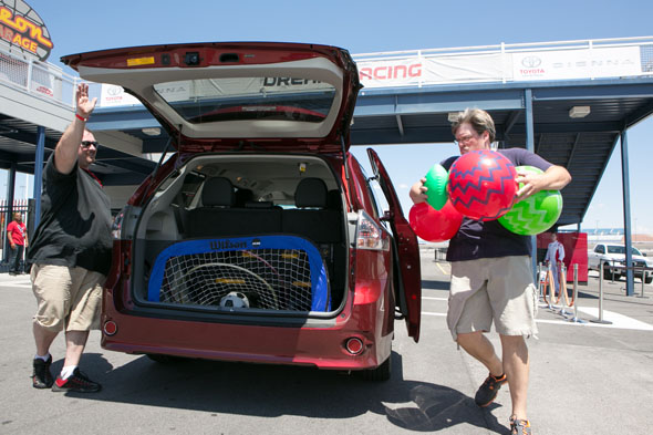 Toyota Sienna Storage Space Race at Dream Racing