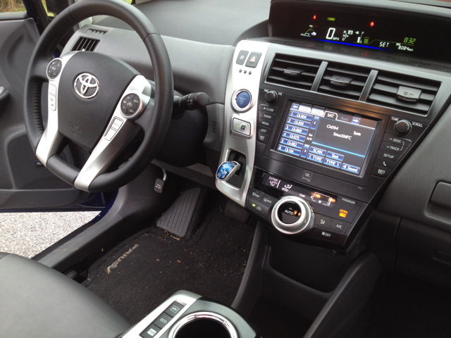 Toyota Prius V 2013 OWTK Test Drive Front Seat and Dashboard #LetsGoPlaces