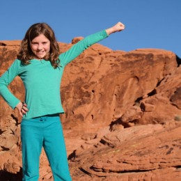 Valley of Fire State Park Daughter Posing