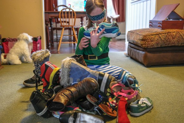PBS-Parents-Sneaker-Sorting-Sensory_Mouse-and-a-Running-Shoe