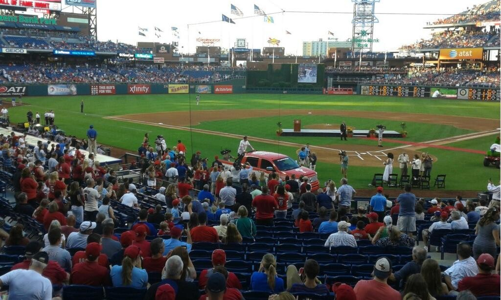 Pat Burrell Ring of Honor Phillies Photo