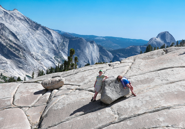 Wife-and-youngest-daughter-in-Yosemite