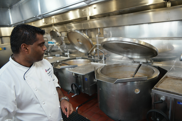 Carnival Cruise Sunshine Chef De Cuisine