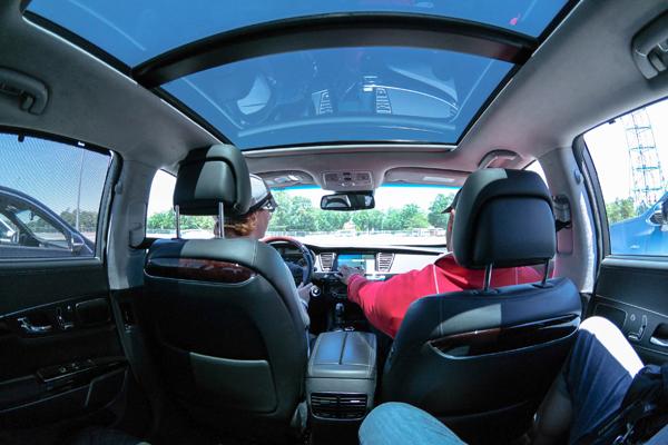 Kia-Ride-and-Drive-K900-Fisheye