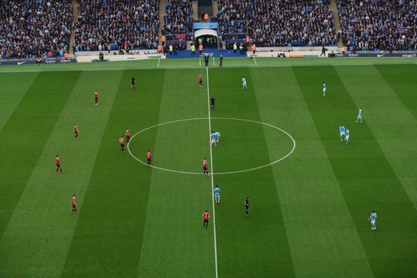 Manchester-Derby-Kickoff