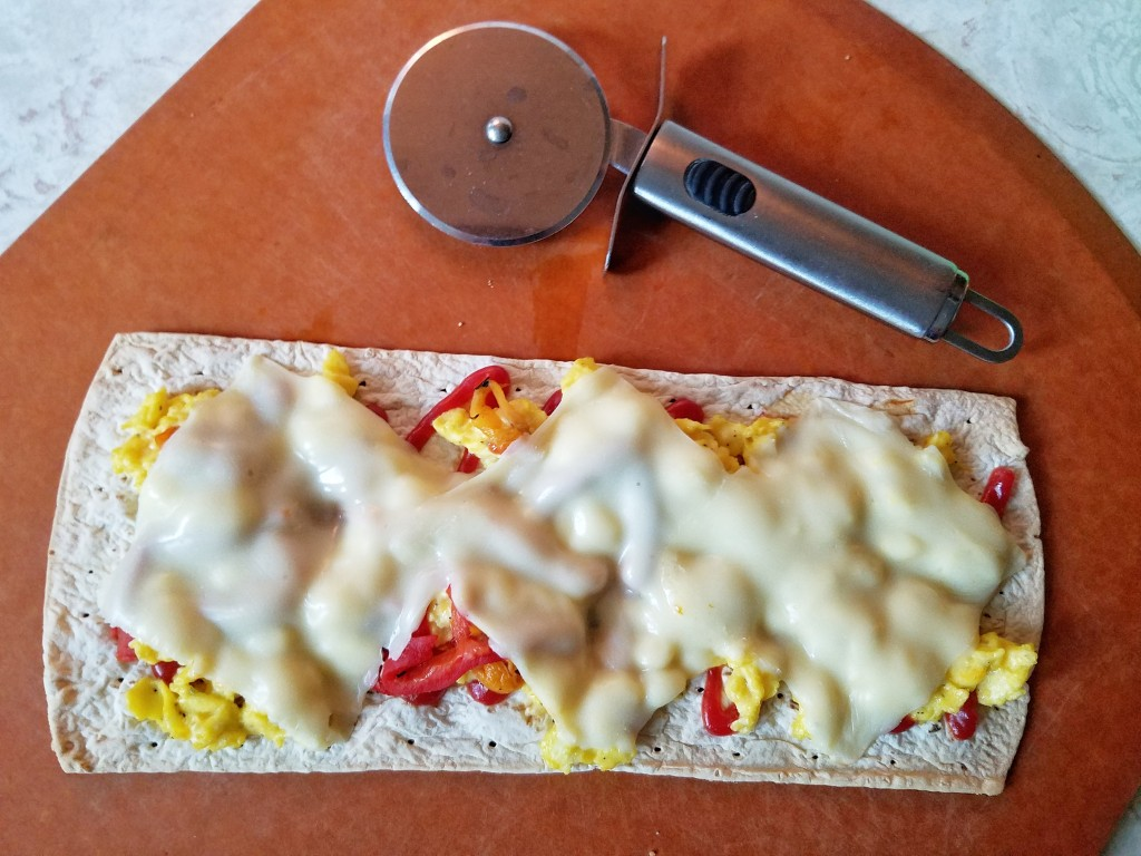 Autumn Weekend Morning recipe flatout-flatbread-breakfast-pizza-3