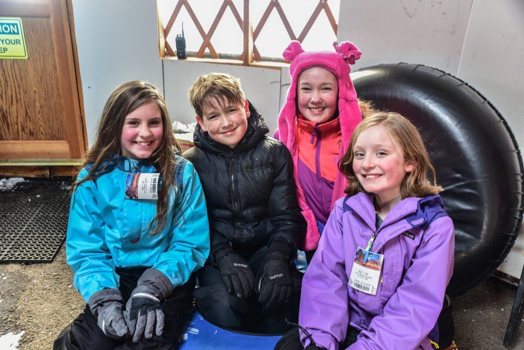 Kia Sorento Family Skiing