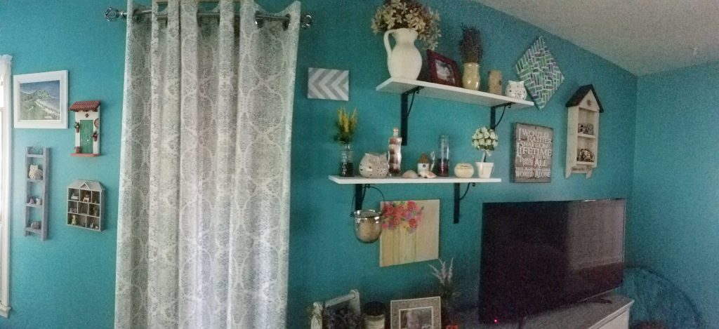 Extreme Teal Family Room Makeover