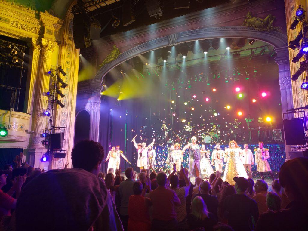 Head Over Heels Musical Broadway Finale