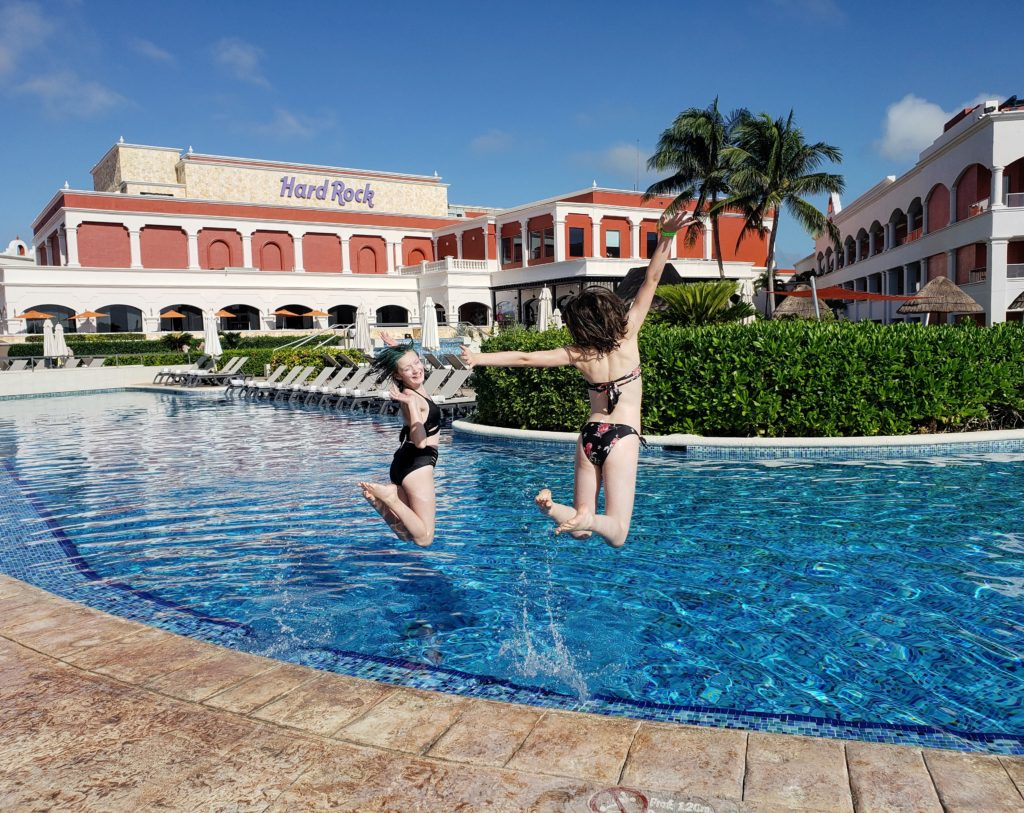 Rock Royalty Hard Rock Riviera Maya Resort Pool Girls Jumping