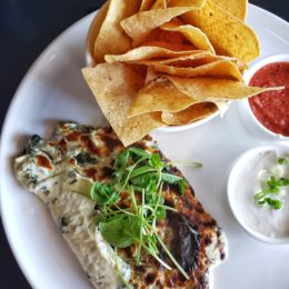 The Best Spinach and Artichoke Dip is Downtown at The Met